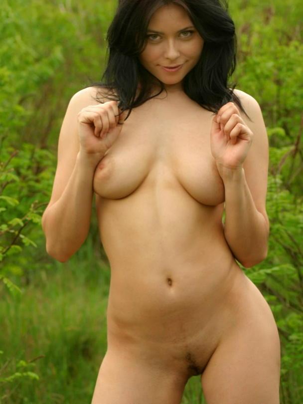 фото голых и доступных женщин
